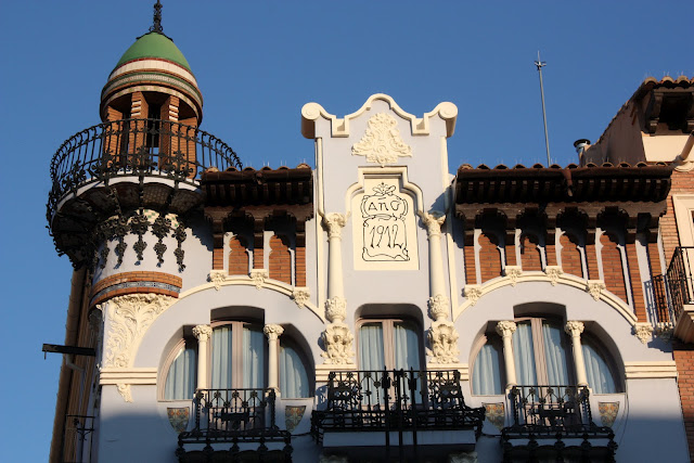 Architecture in Spain and good food
