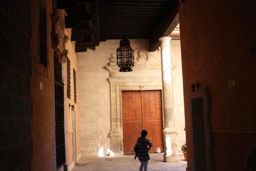 Spooky alleys